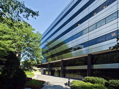 Regus - Sterling Pointe - 303 Perimeter Center North - Atlanta, GA