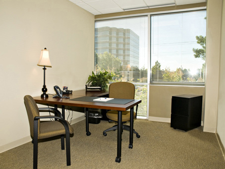 Office Space in Suite 250 6000 Poplar Ave