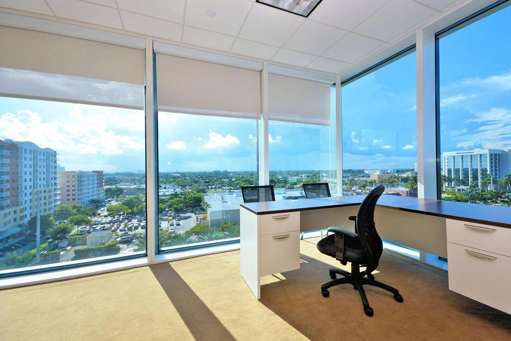 Premier Workspaces - AHC - Aventura - FL - Harbour Centre - N.E. 29th Ave