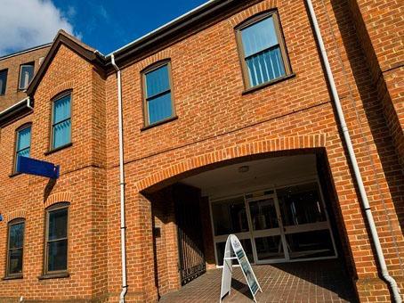 Oxford House - Oxford Street, RG14 - Newbury