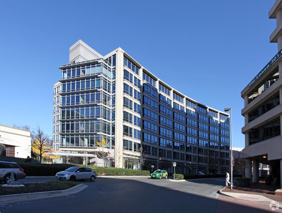 Carr Workplaces - Friendship Heights - Wisconsin Avenue - Chevy Chase- MD