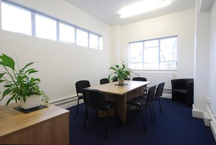 Falcon Road, SW11 - Battersea (Serviced/Conventional)