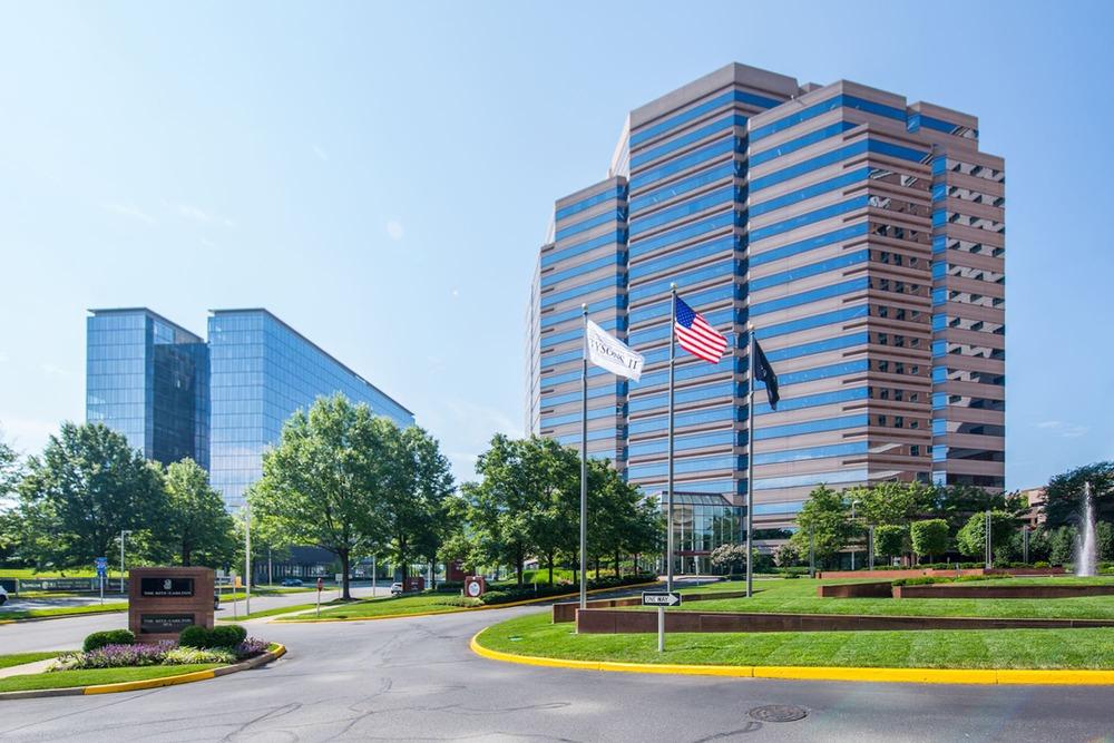 Carr Workplaces - Tysons Boulevard - McLean - VA