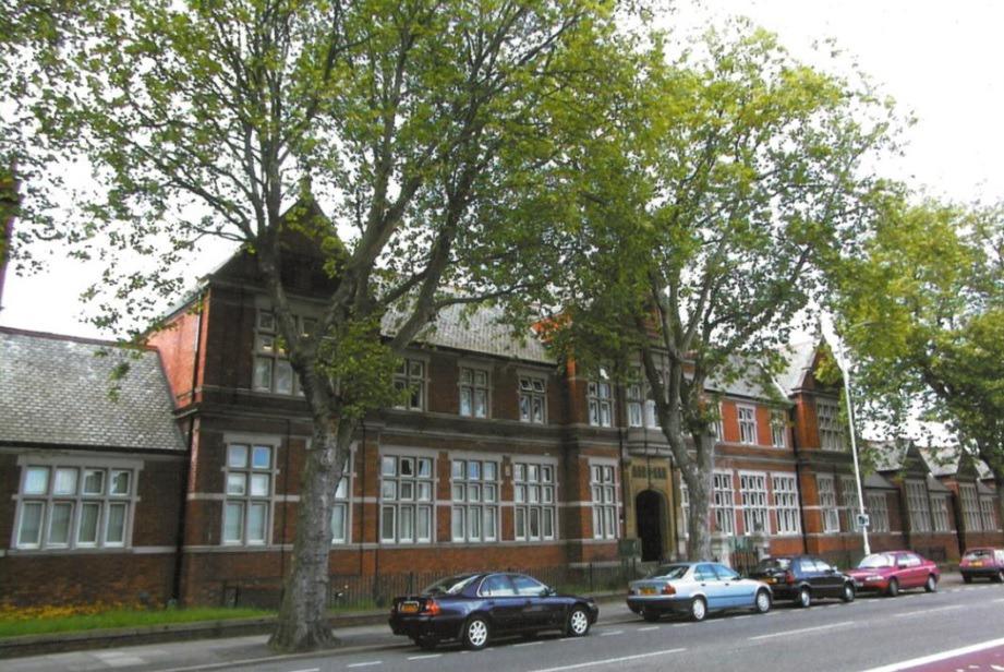 Burlington House - Wellingborough Road, NN1 - Northampton