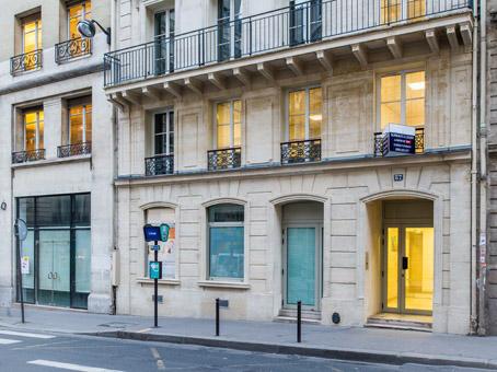Regus - Batignolles - rue d'Amsterdam - Paris