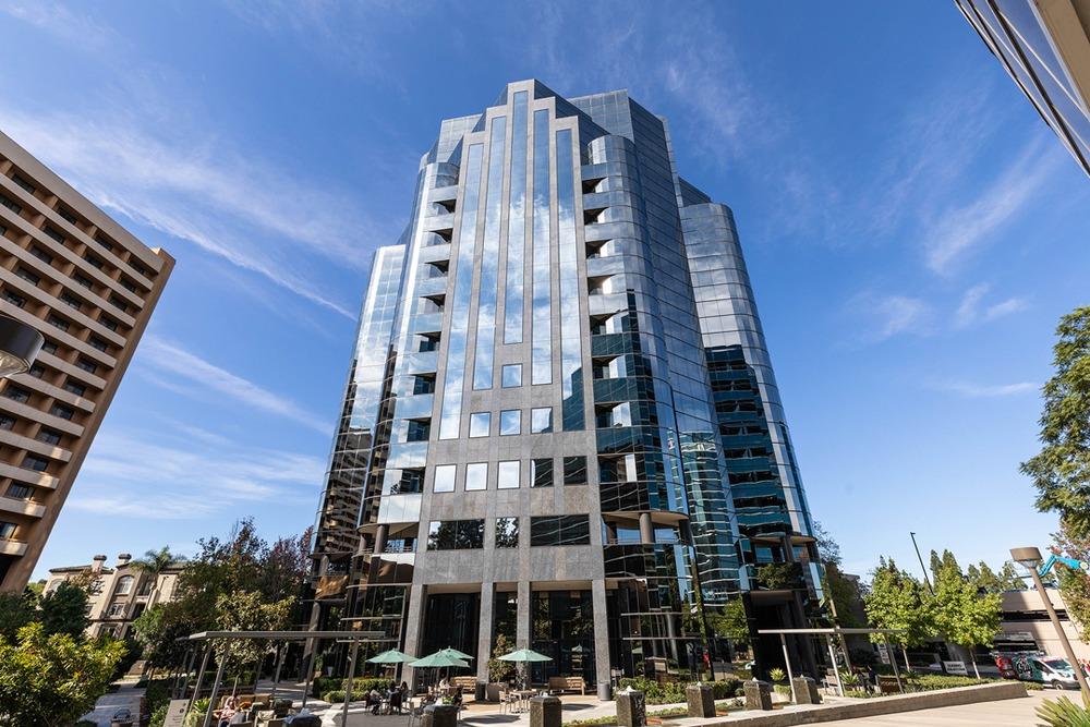 Premier Workspaces - LAJ - La Jolla - Executive Square