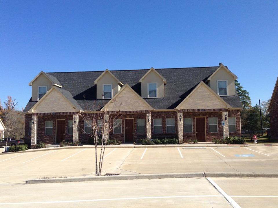 Brownstone Office Condominiums - Longmire Road - Conroe - TX