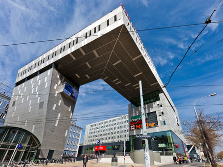 Vienna Westbahnhof - BahnhofCity Wien West - Europaplatz - Vienna