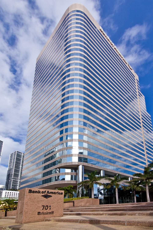 Office Edge - 701 Brickell Avenue - Miami - FL