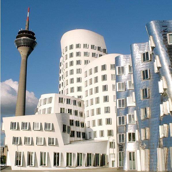 Neuer Zollhof 3 - Dusseldorf