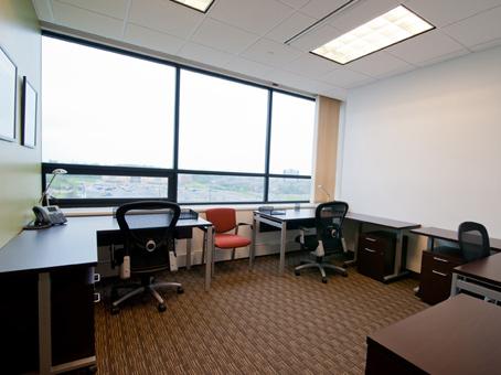 Office Space in th Floor  581 Main Street