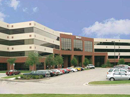 Regus - Fishers - Crosspoint Plaza One - 10475 Crosspoint Blvd - Indianapolis - IN