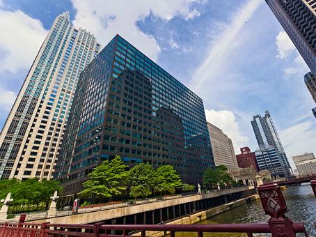 West Loop Riverside Plaza Center - Chicago