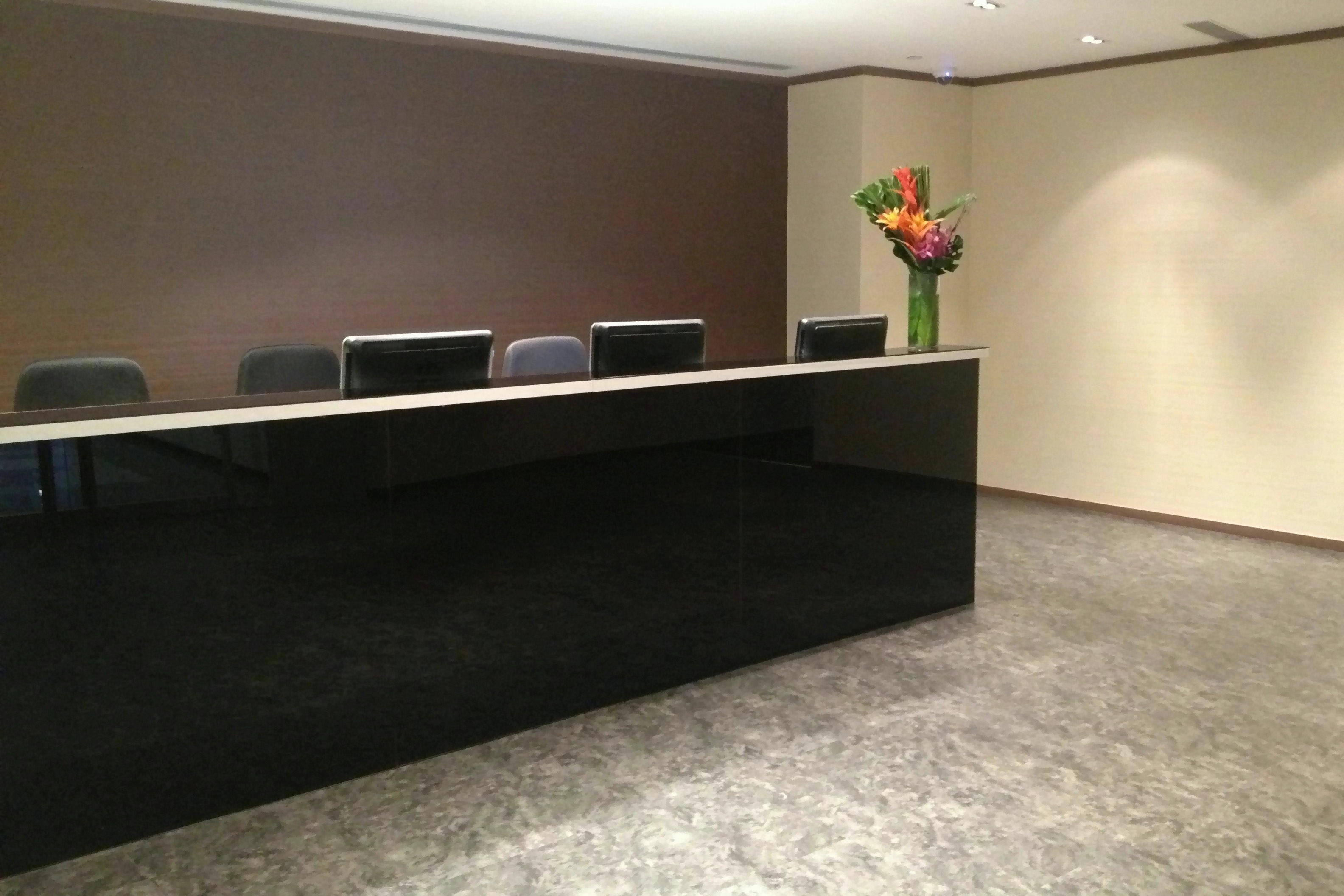 Aegean Business Center - Oxford House - Taikoo Place - King's Road - Quarry Bay - Hong Kong