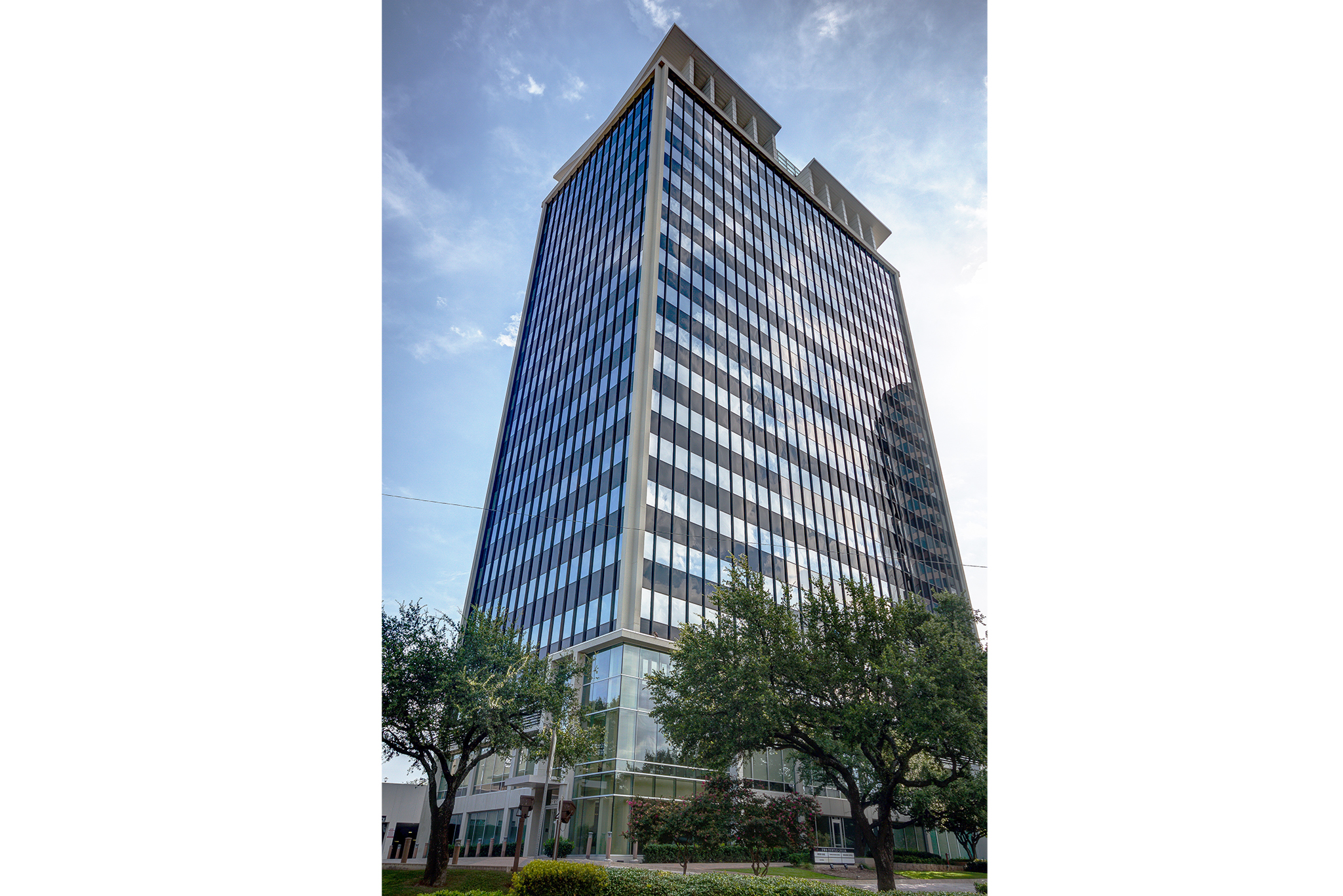 Office Space in Two Turtle Creek Tower