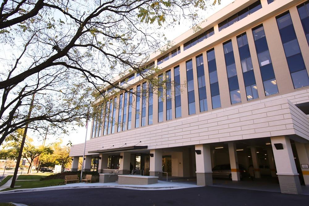 Pioneer Office Suites - Rockville Pike - Rockville - MD