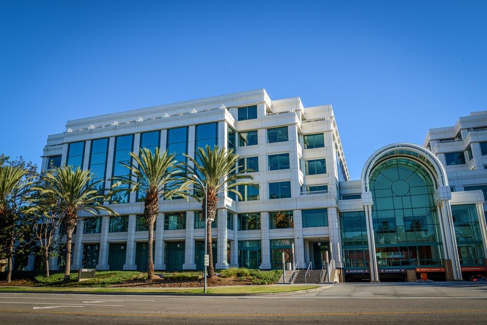 Premier Workspaces - SM2 - Santa Monica - CA - 2425 Olympic Blvd
