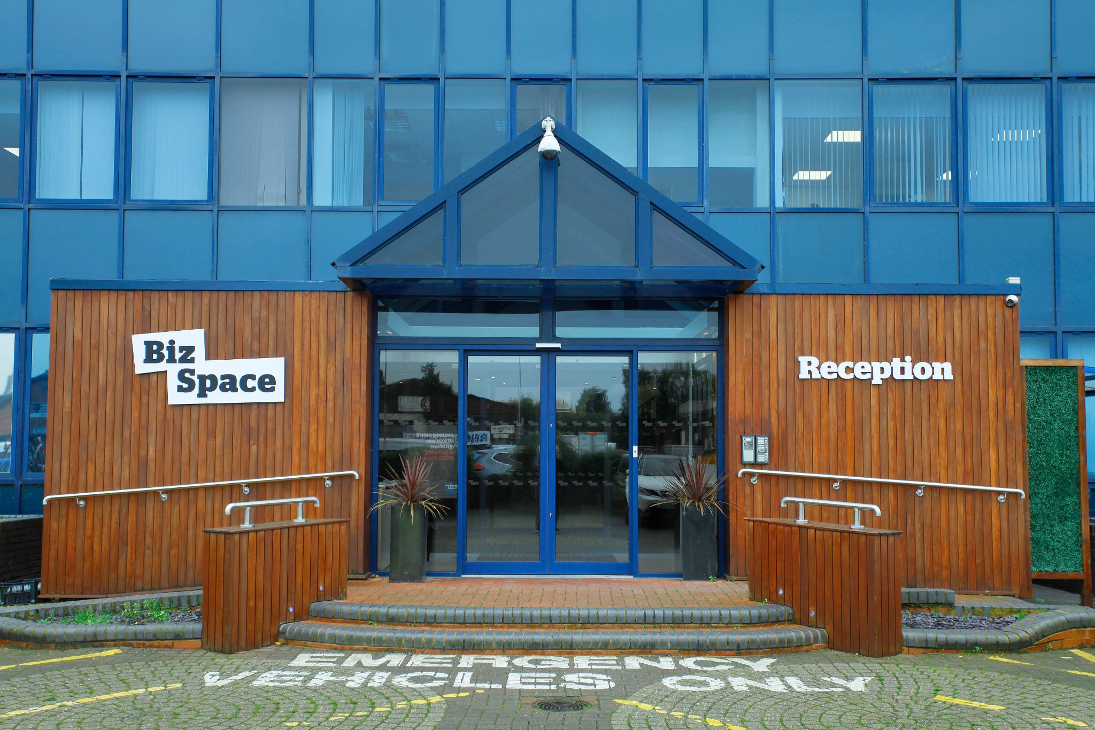 Biz Space - M25 Business Centre - 121 Brooker Road, EN9 - Waltham Abbey