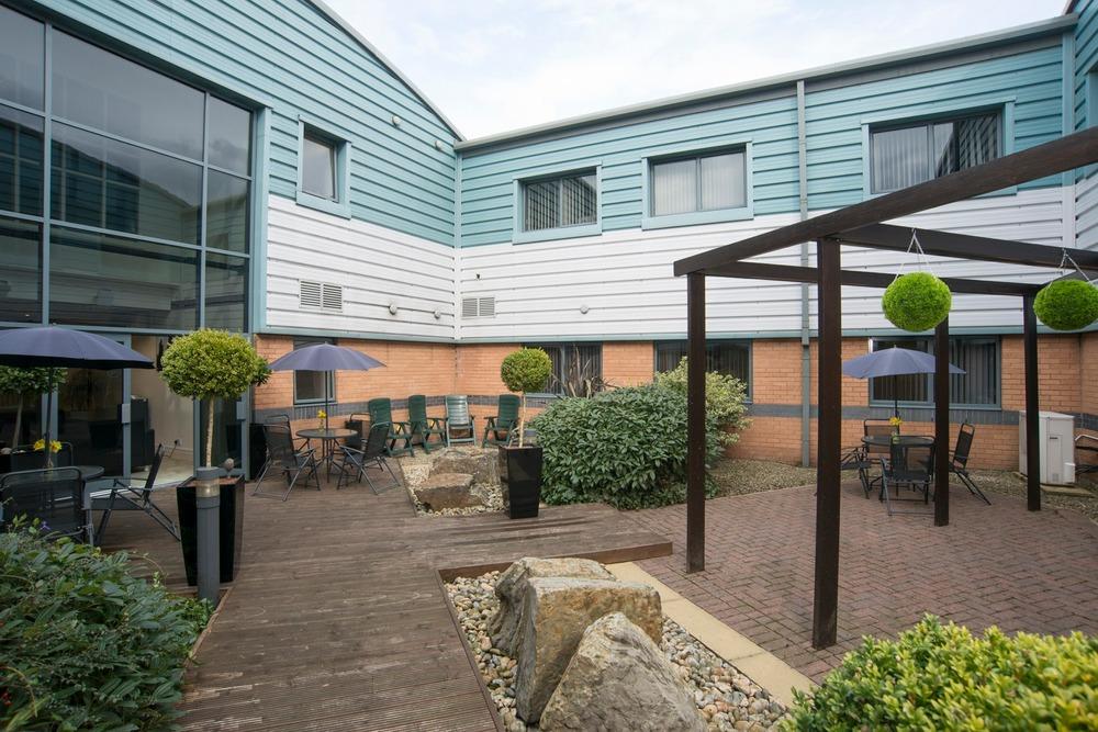 BusinessLodge - Europa House - Barcroft Street, BL9 - Bury