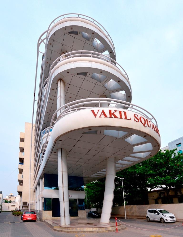 Vakil Square - Bannerghatta Road - Bangalore
