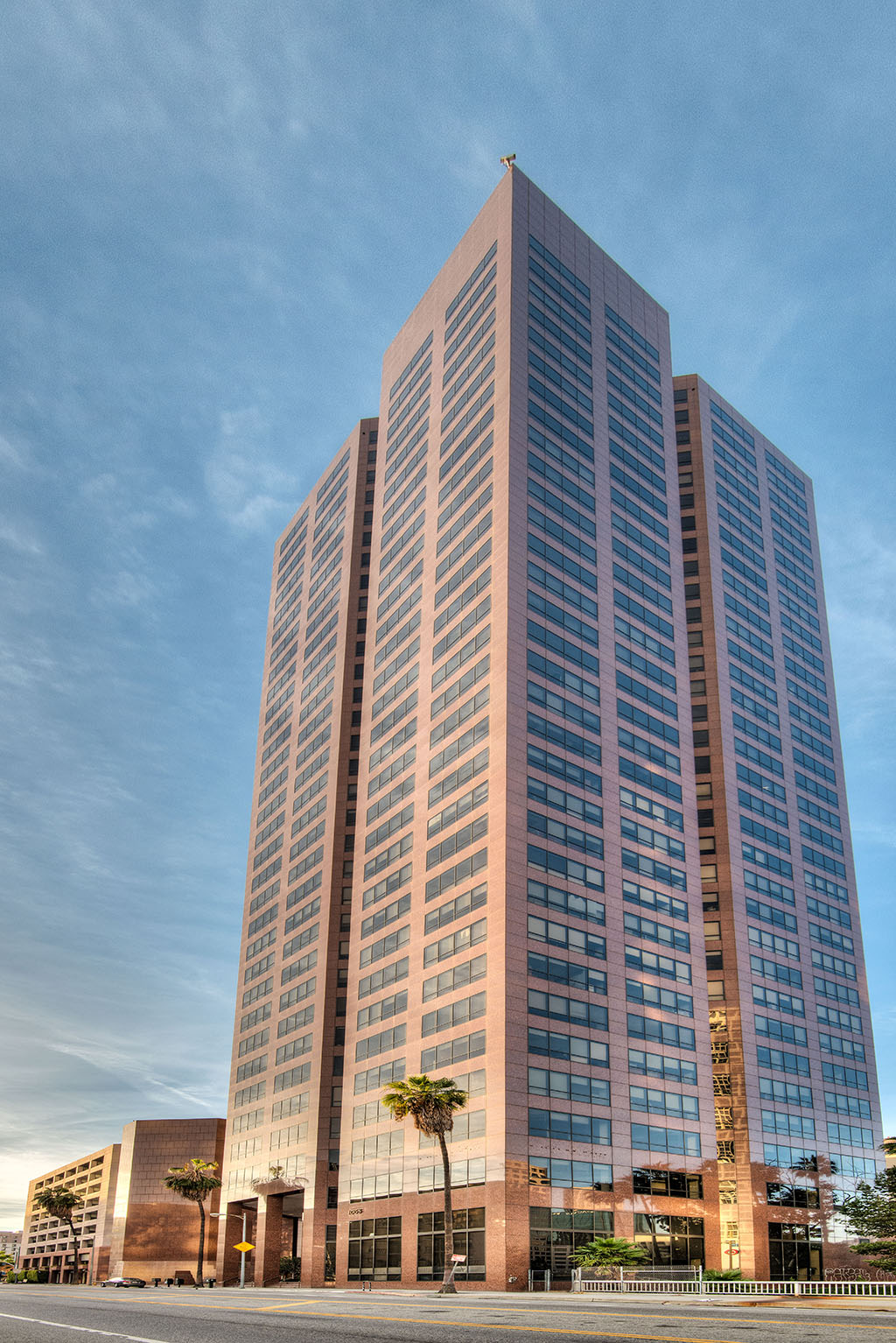 Titan Offices, Inc - 1055 West 7th Street - Los Angeles - CA (Downtown Financial)