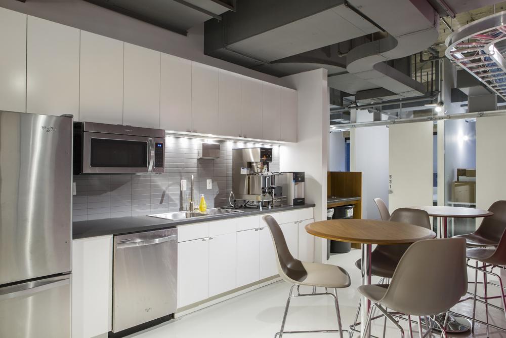 Office Space in Columbus Avenue 4th floor