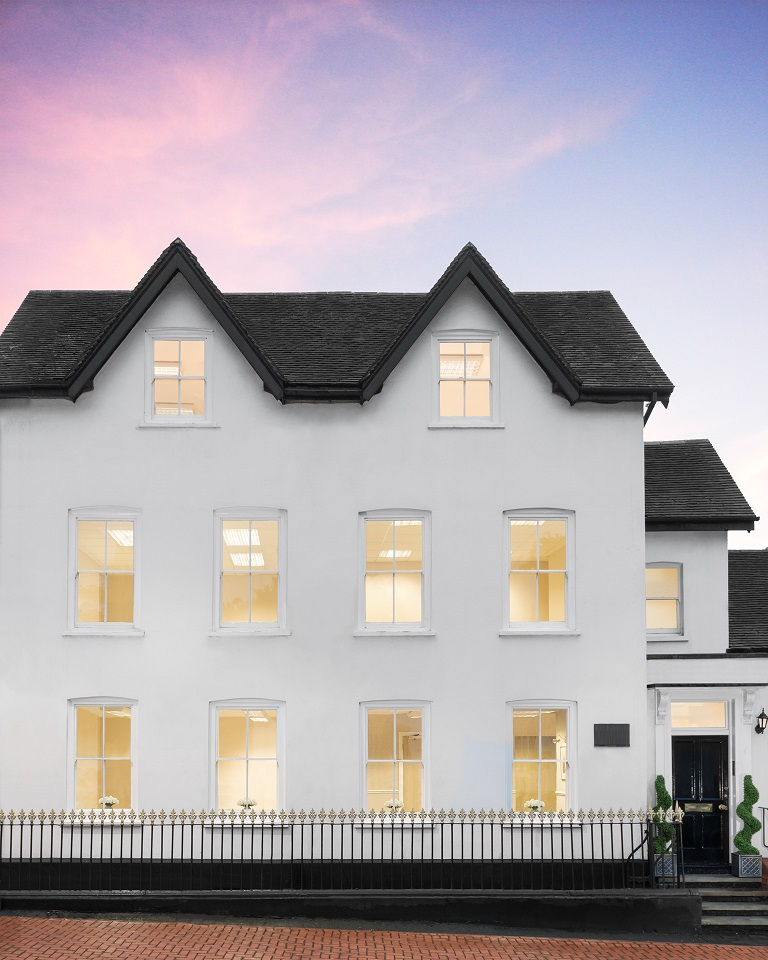 Albany House - Shute End, RG40 - Wokingham