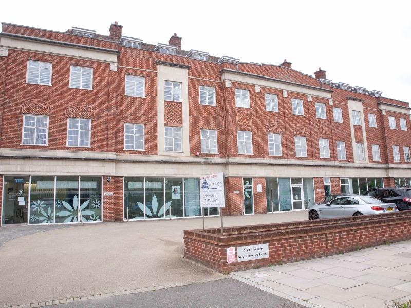 Lyttleton House - Lyttleton Road, N2 - Hampstead Garden Suburb