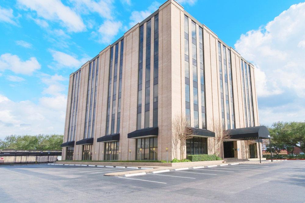 Boxer Workstyle - 6065 Hillcroft Street - Houston, TX