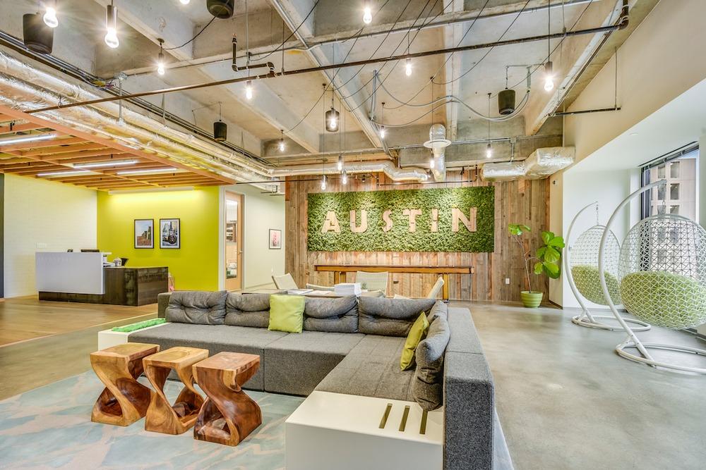 Office Space in San Jacinto Boulevard