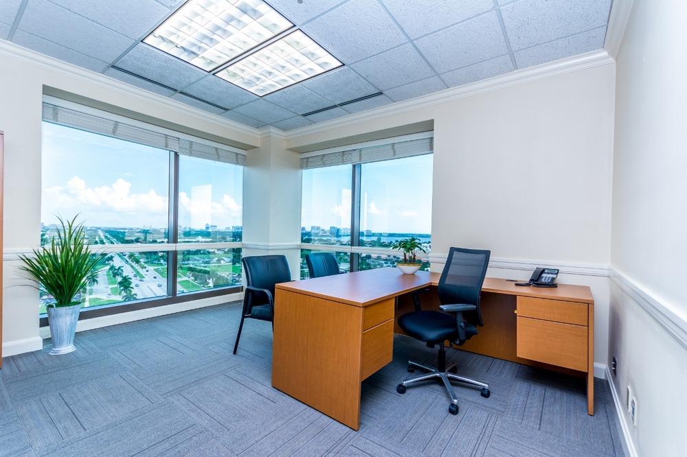 Zen Offices  - 1645 Palm Beach Lakes Blvd, FL