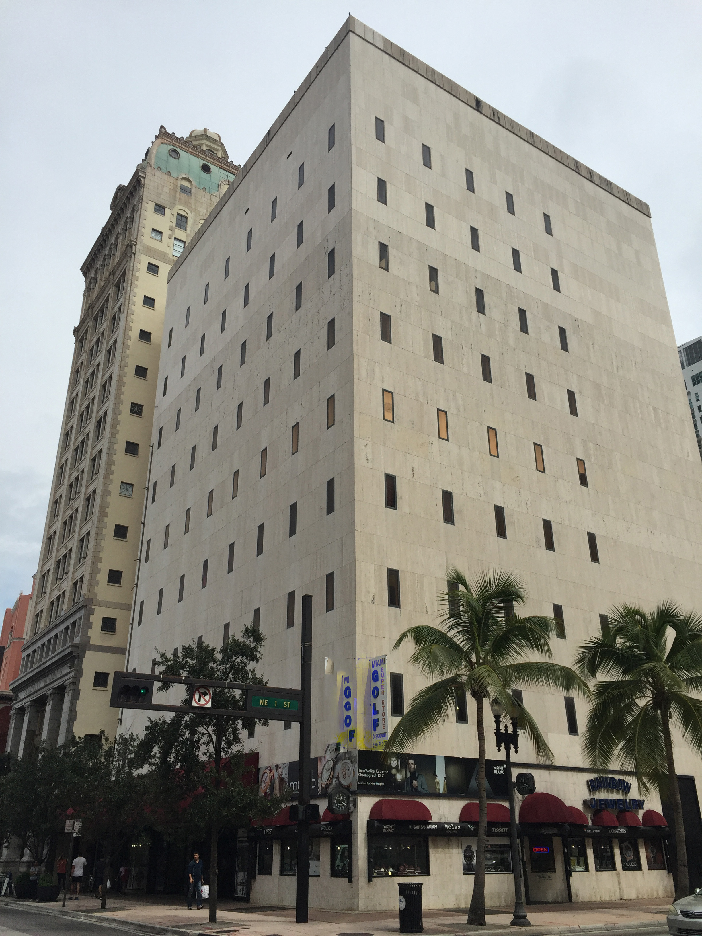 mindwarehouse - 111 NE 1st Street - Miami, FL