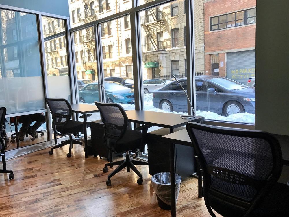 Green Desk - 29-28 41st Ave - Long Island City, NY