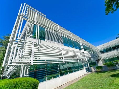 Regus - 333 University Av - Sacramento, CA