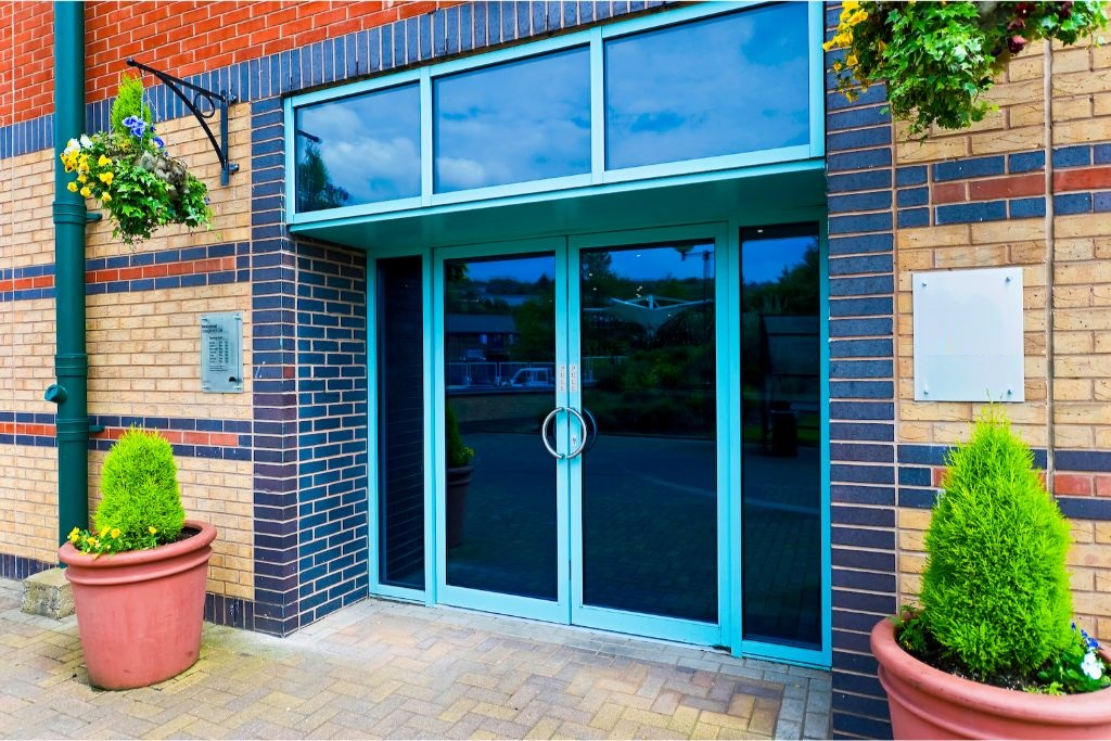 Regus Express - Meadowhall Centre - Meadowhall Way, S9 - Sheffield