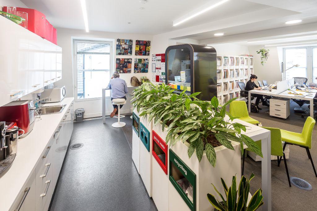 eOffice London - Holden House - 57 Rathbone Place, W1 - Tottenham Court Road