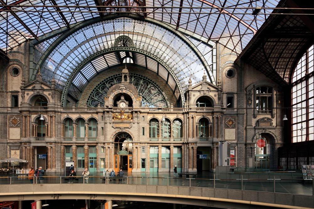 Central Station Express - Pelikaanstraat 3 - Antwerpen