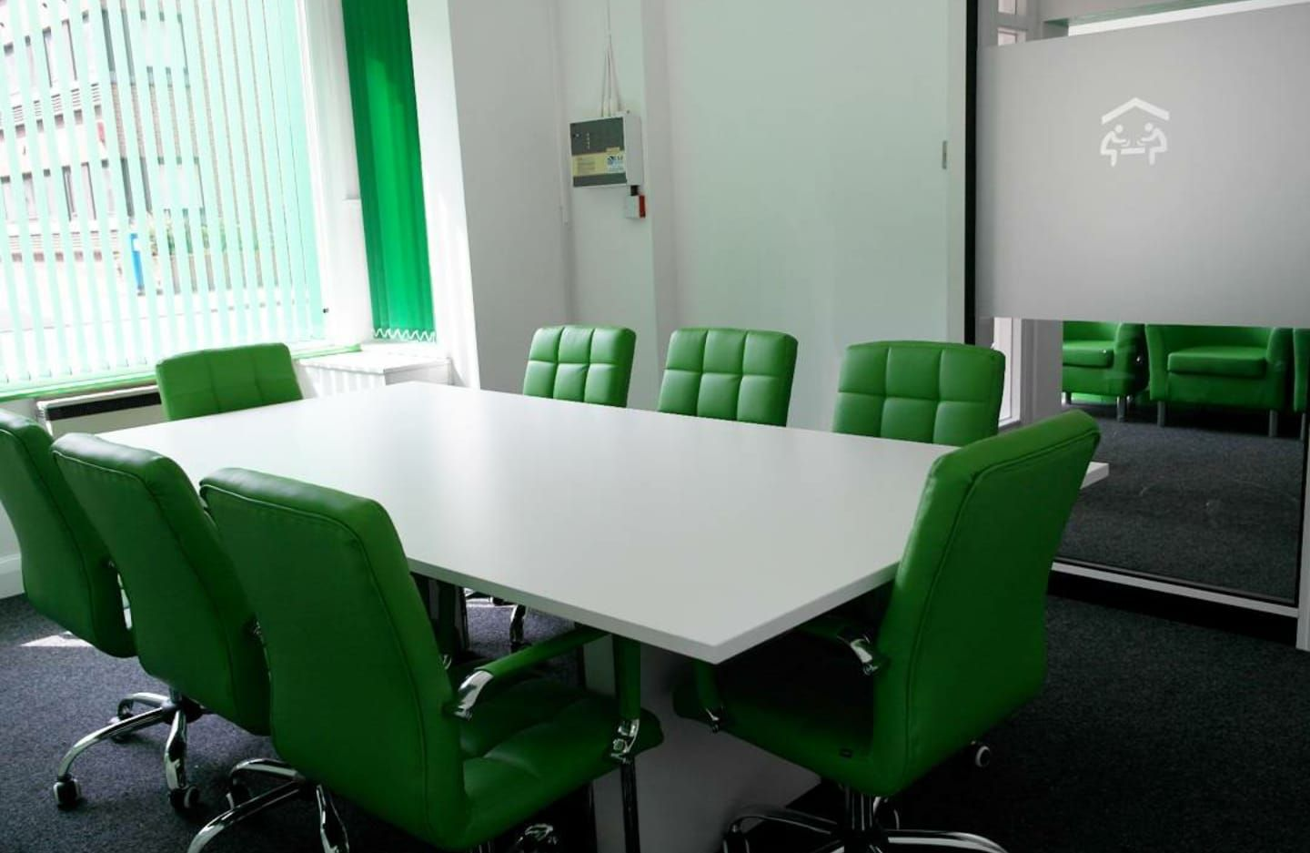 Same Day Office Space - Community House - 19-21 Eastern Road, RM1 - Romford
