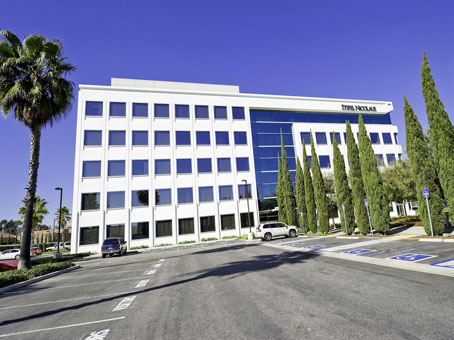 Newport LNR Plaza Center - Dove Street - Newport Beach