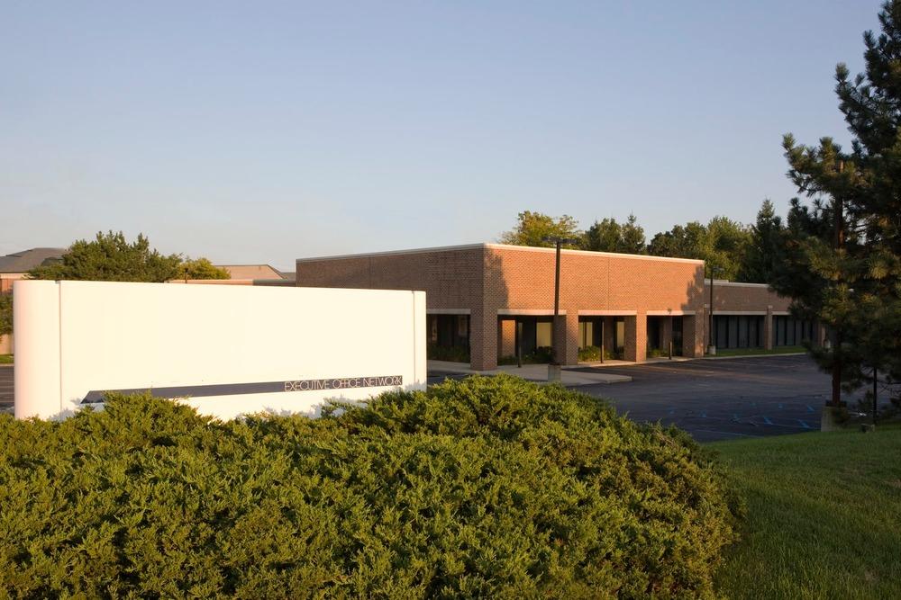 AmeriCenter - W Sq Lake Rd - Bloomfield