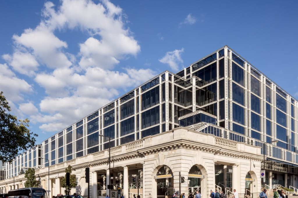Office Space in Buckingham Palace Road