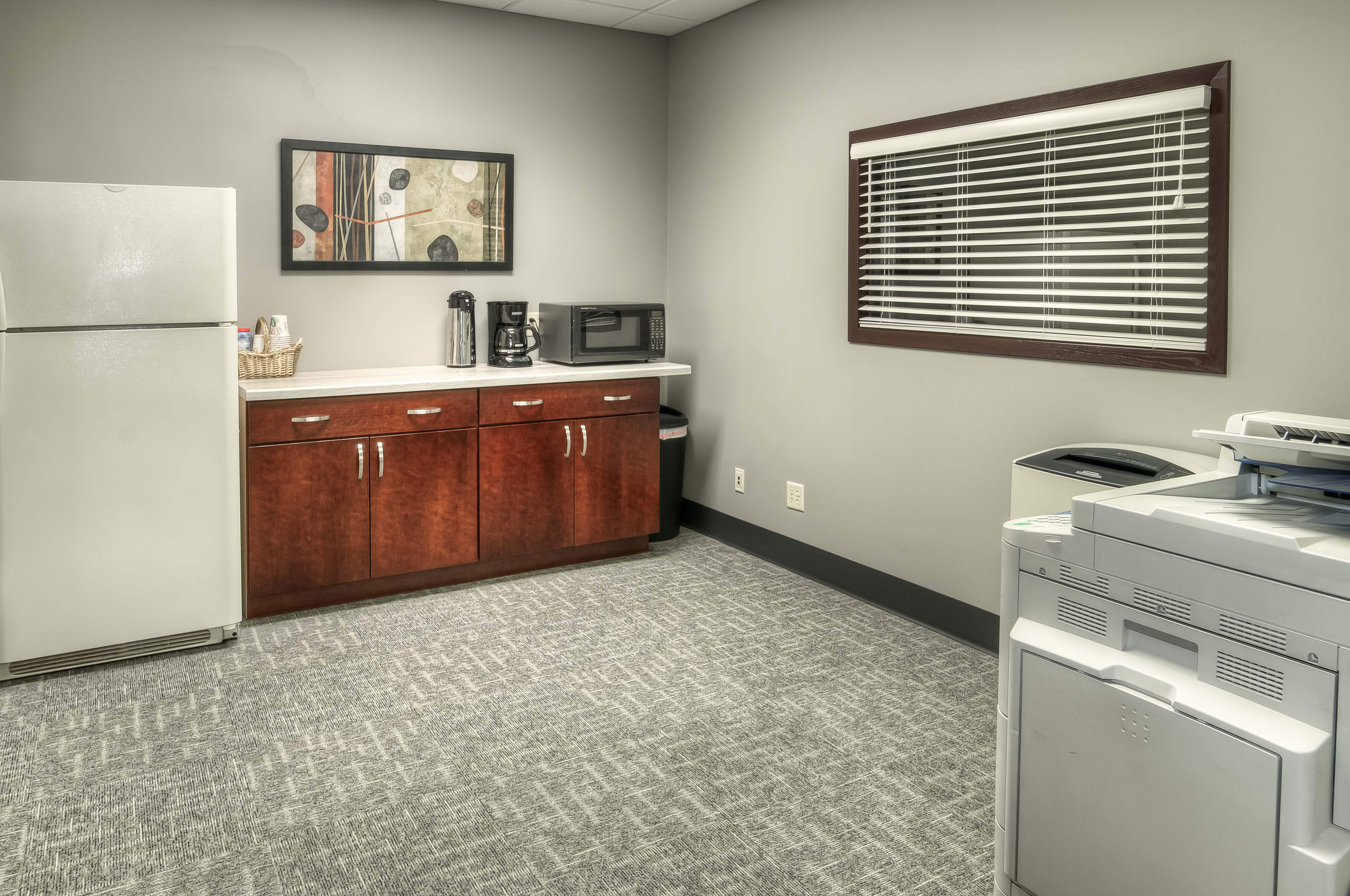 Office Space in N 129th St