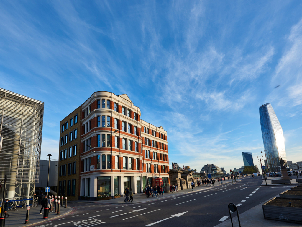 Beaumont Business Centres - Bridge House - 181 Queen Victoria Street, EC4 - Blackfriars