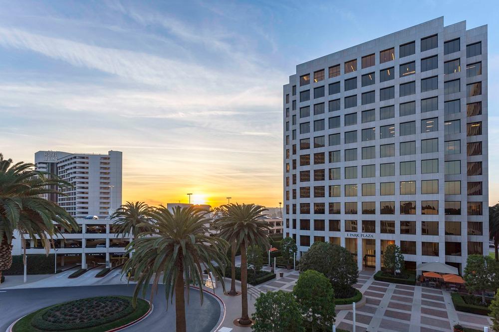 Premier Workspaces - PAR - Irvine - CA - 1 Park Plaza