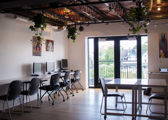 Office Space in rd Floor 619 Lake Avenue