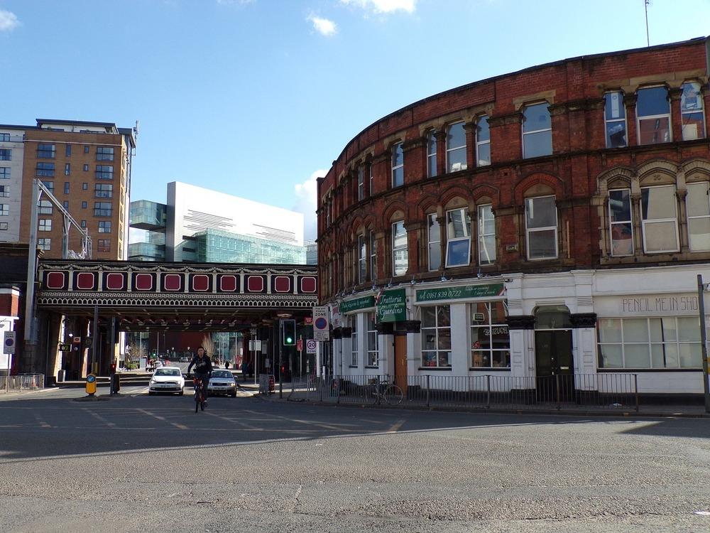 Equinox Properties - 187-189 Chapel Street, M3 - Salford