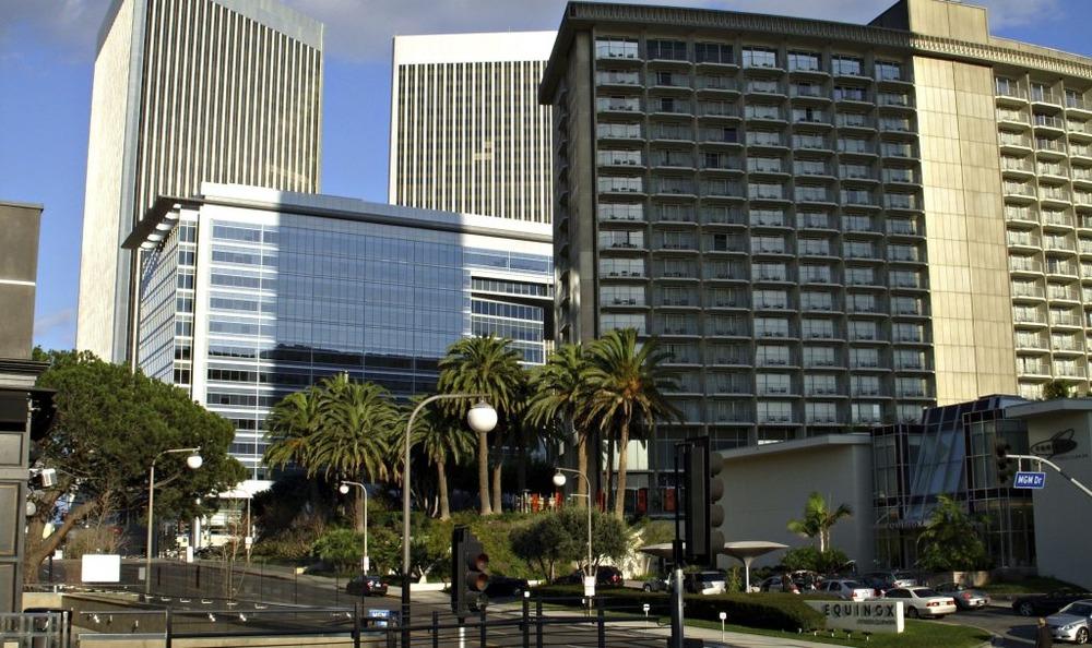 Industrious - Century Park E. Los Angeles -