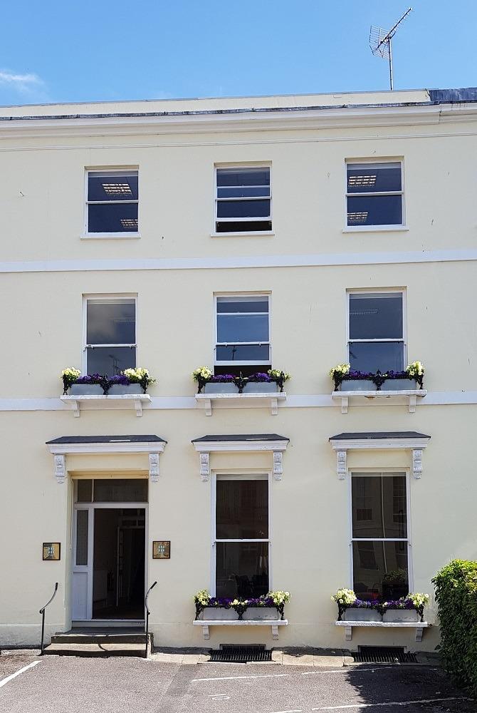 Harley House - 29 Cambray Place, GL50 - Cheltenham