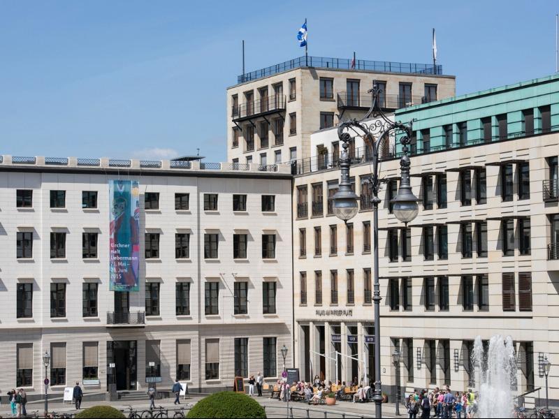 Brandenburg Gate - Pariser Platz 6a - Berlin