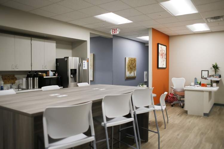 Office Evolution  - 1120 Depot Ln SE, - Cedar Rapids